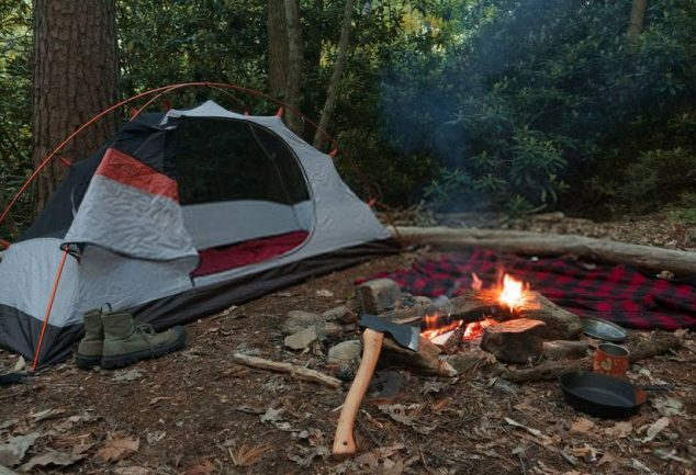 what is bushcraft camping